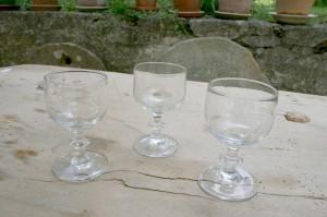 3 antikke portvins glas, ca.10,2-10,4 cm. høje.