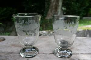 Egeløvsglas antikke toddy model, ca. 10,4-10,5 cm.