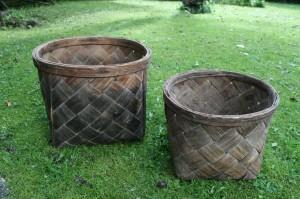 Gamle antikke spånkurve i fin stand, Ø 35 cm. og 30 cm., 28 og 22 cm høje.