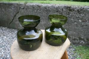 2 gamle grønne hyzinth glas danske, ca. 11,5 cm. høje.