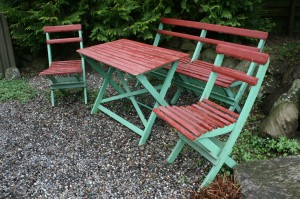 Gammelt svensk havemøbel sæt, sælges til en meget god pris.