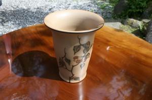 Fin dansk vase fra Hjort keramik.