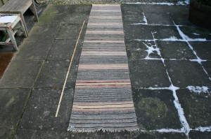 Kludetæppe nr. 298, ca. 295x60 cm.