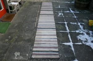 Kludetæppe nr. 301, ca. 383x56 cm.