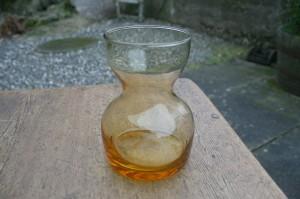 Ravgult hyaznint glas, ca. 12,7 cm.