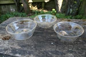 3 stk. lidt større tykmælkskåle i glas.