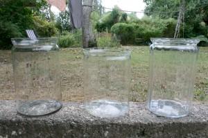 3 Antikke sylteglas 2 med optiske striber og et uden, ca. 27 cm. og 22,8 cm høje.