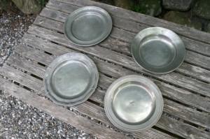 Fine antikke tin tallerkener/fade fra 1700 og 1800 tallet.