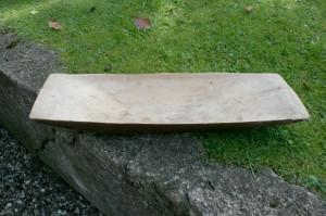 Fint antikt svensk træfad, ca. 59,5x21 cm.