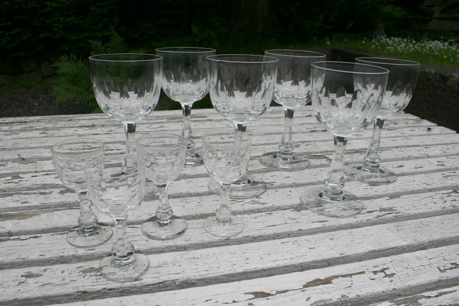 Derby glas rødvin og snapsglas, Holmegård.