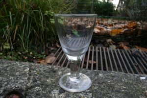 Antikt dansk porter ølglas, ca. 17,5 cm højt.