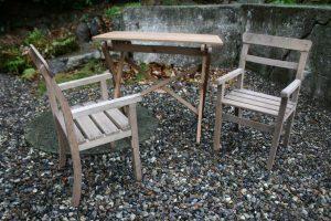 Fint gammelt barne havesæt, bord ca. 35x58x50 cm