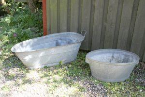 Zink baljer, det store lille badekar, ca. 84 cm. L - 49 cm. L.