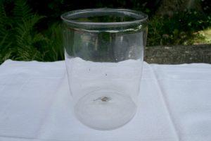 Antikt sylteglas fra sverige, ca. 16 cm højt og 12 cm. diameter.