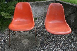 Gamle originale Eames skalstole orange farvet, af Herman Miller Fehlbaum-production, sælges som de står.