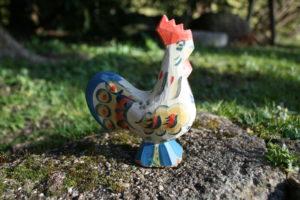 Fin gammel Dalar hane, ca. 12 cm høj og 9 cm bred.