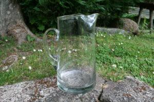 Stor antik glas kande, ca. 23 cm høj.