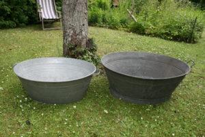 Ovale zink baljer kar, ca. 80x63x31 cm og 90x70x37 cm.