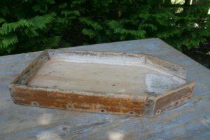 Osterende eller ostefad, ca. 59x30x6 cm.