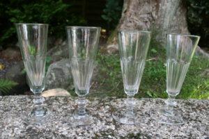 Antikke champagne fløjter, Chr. d. 8., ca. 16,5-17,5 cm høje.