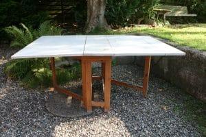 Antikt slagbord med original blågrå bemaling, ca.175x114x75 cm