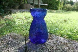 Gammelt blåt hyacintglas fra Fyens glasværk.