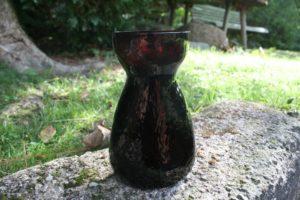 Gammelt bordeaux rødt hyacint glas.