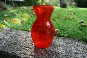 Gammelt rødt hyacintglas fra Kastrup.