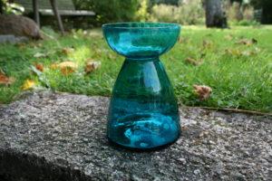 Gammelt turkis blå hyacint glas.
