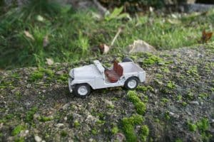 Tekno åben jeep hvid.