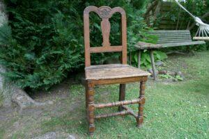 Dansk barok stol i egetræ.